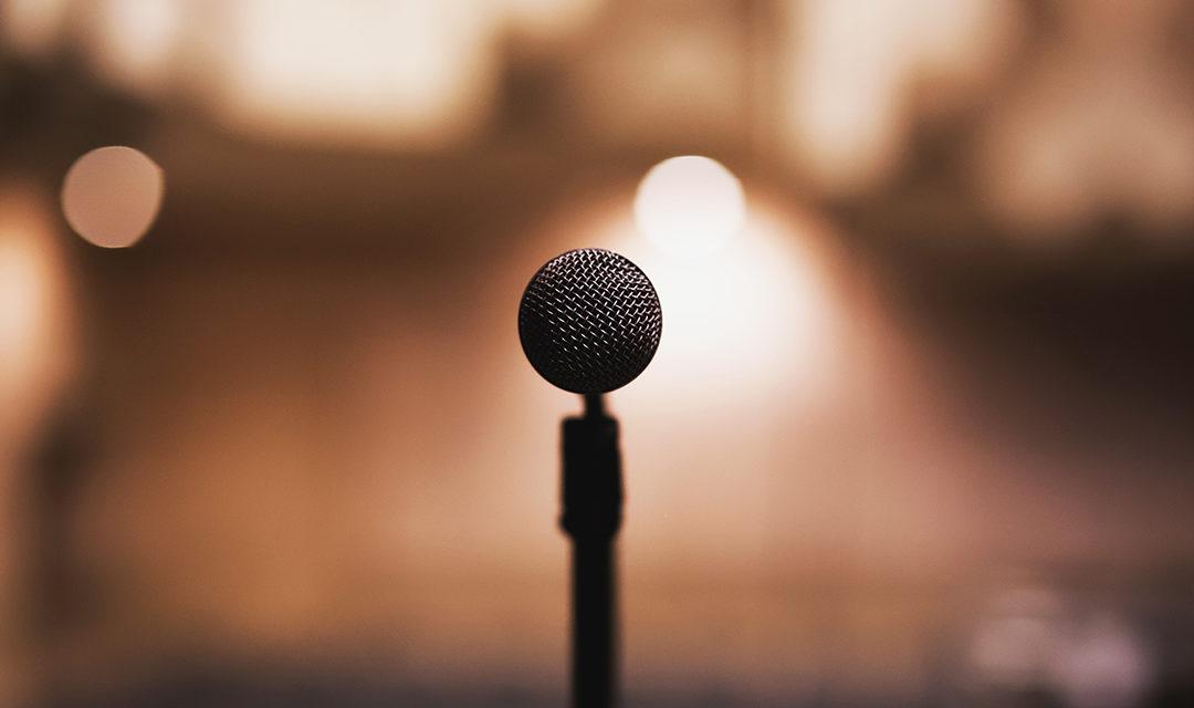 Confira dicas de oratória para aplicar no seu elevator pitch